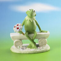 Lenox-Kermit's-Bouquet-of-Cheer-Personalized-Sculpture-2006