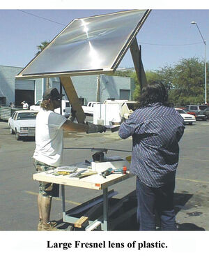 Solar-cooker-design-large lens