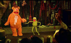 Kermit and fozzie dance
