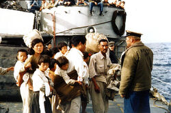 KoreanWar refugees2