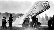 First powered aviation crash
