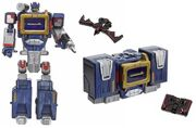 Titanium CybHeroes Soundwave toy