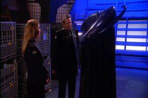 Sheridan and Ivanova meet new Kosh