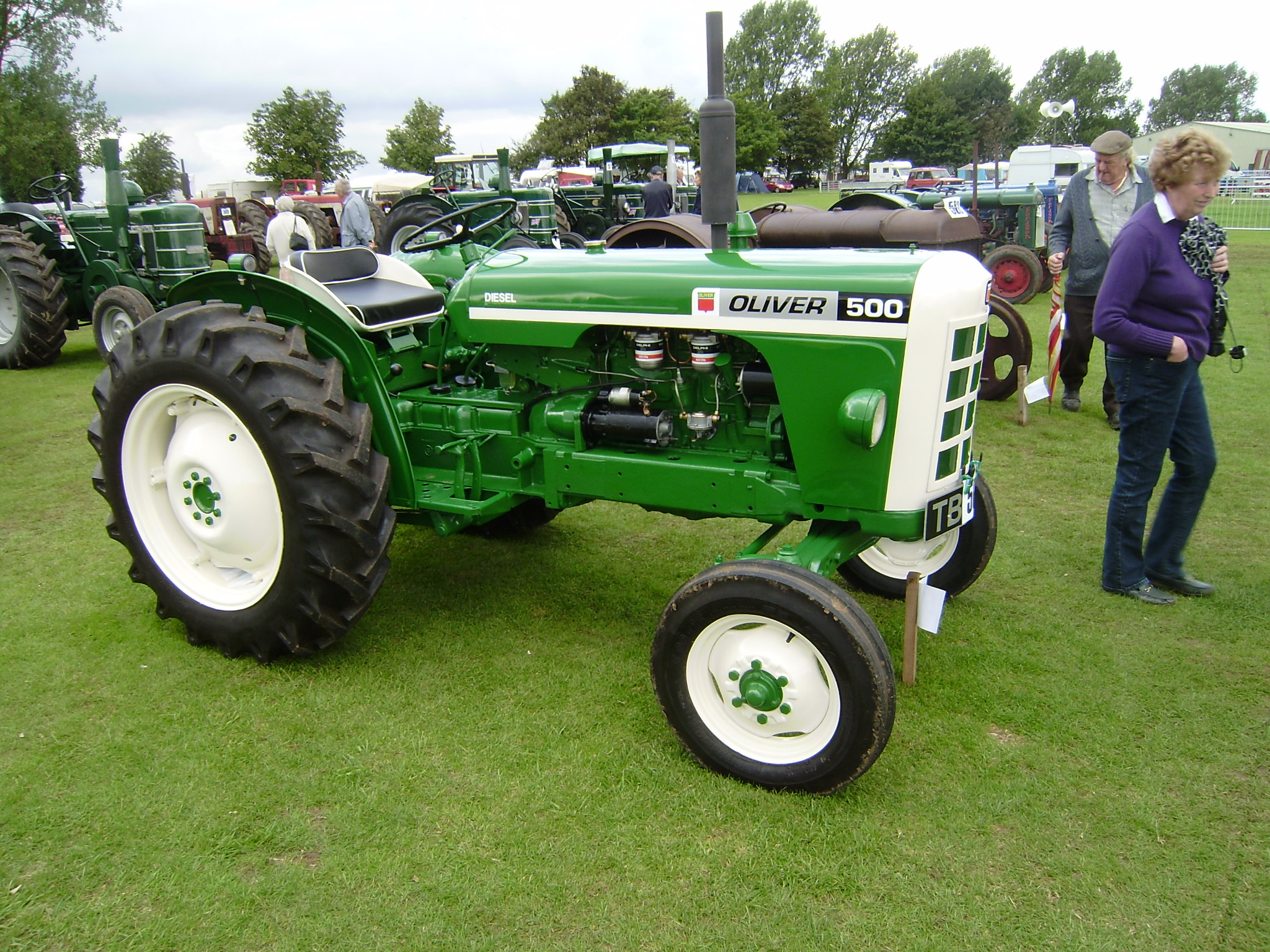 Fiat Built Oliver Tractors : Oliver tractor construction plant wiki the classic