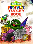 Put &amp; Play Yucchy Book