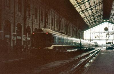 Cuando la RENFE era la RENFE - Página 3 400px-GS3_zz597estaciondelnorte19vi9
