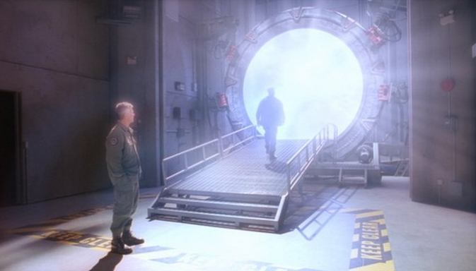 http://images3.wikia.nocookie.net/__cb20090209040447/stargate/images/6/65/DanielOmaAscensionInMeridian.jpg