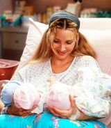 5x03 Phoebe and Triplets