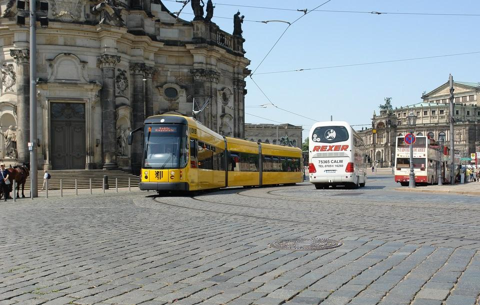 theaterplatz dresden wereldwijde trams wiki een. Black Bedroom Furniture Sets. Home Design Ideas