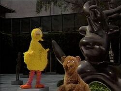 BigBird.statue