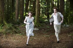 Bella as a vampire in Alice&#39;s vision