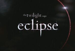 http://images3.wikia.nocookie.net/__cb20100313130730/twilightsaga/images/thumb/c/c4/Eclipse_Title_01.jpg/296px-Eclipse_Title_01.jpg