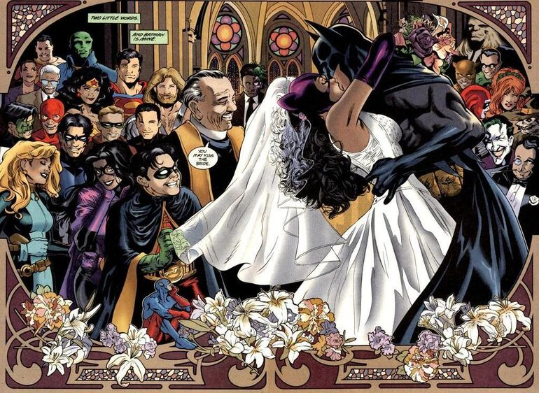 Batman And Catwoman Kiss Wallpaper Batman Kissing Catwoman The