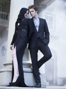 Robert Pattinson and Kristin Stewart in Bazaar (1)