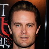 Garret Dillahunt