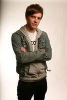 Xavier-samuel-1-g