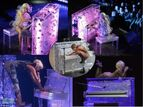 1-gaga-bubble-piano-500x375