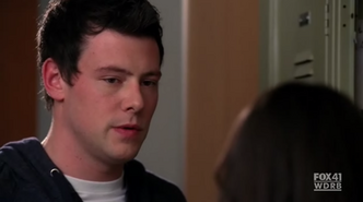 1x14 Finn apologizes to Rachel