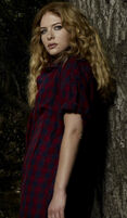 Rachelle-Victoria-rachelle-lefevre-3016893-398-684
