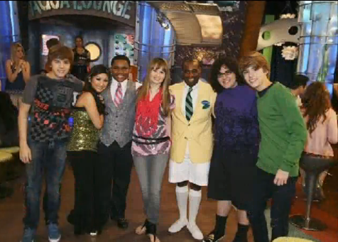 cast from suite life on deck