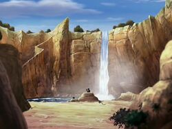 2х12 озеро с водопадом.jpg