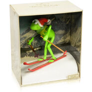 Kermit on skis 1982