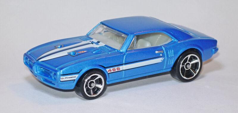 Hot Wheels 2011 800px-P1100241c_1000