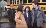 Edward-Bella-Jhgasper-and-Alice-twilight-series-2675642-1600-982
