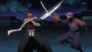 Ichigo and Hanza clash