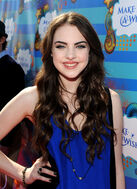 Elizabeth+Gillies+Kevin+Steffiana+James+Make+t270pWom-17l