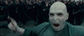 830px-Voldemort and his followers at the Battle of Hogwarts