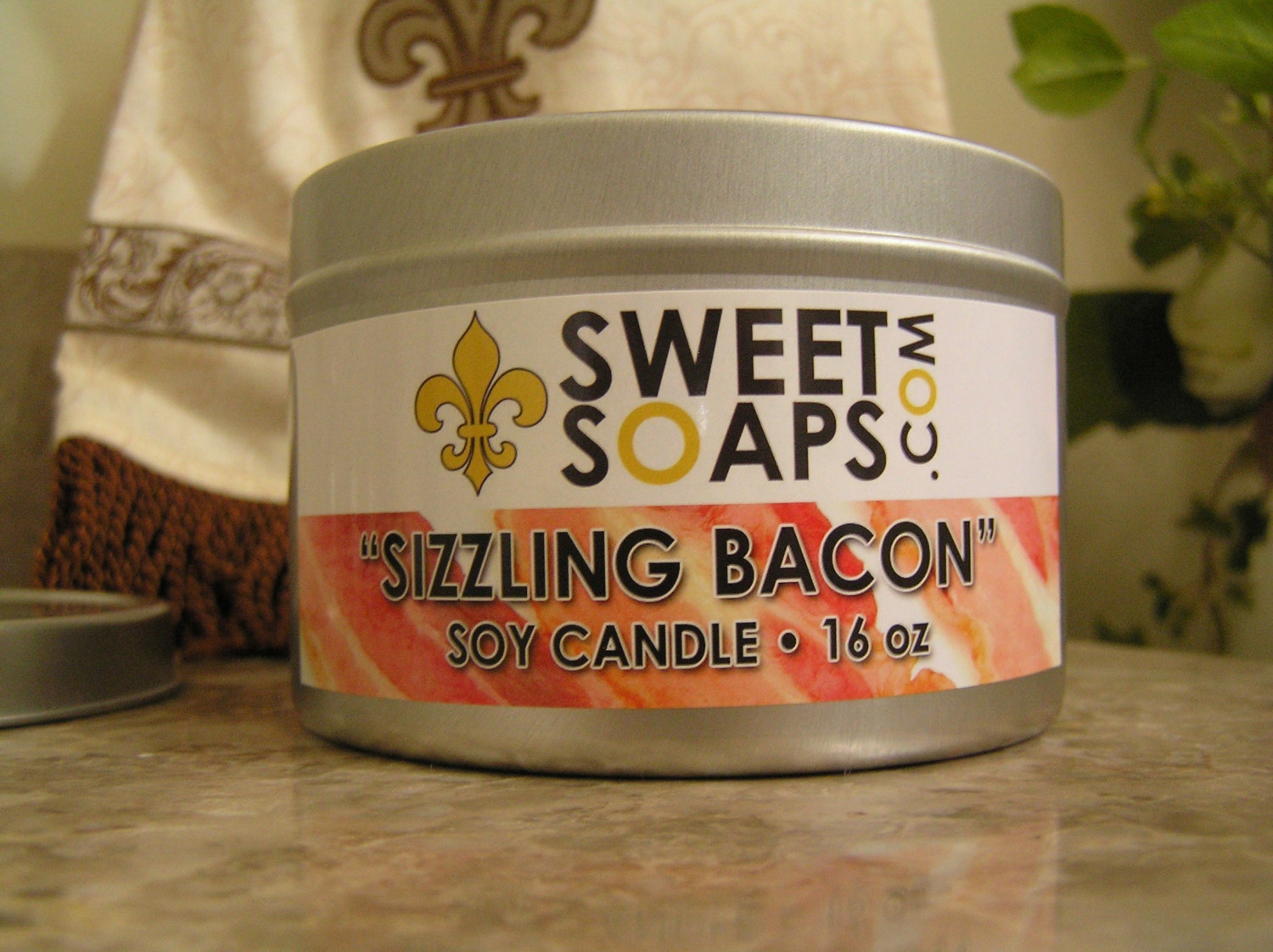 http://images3.wikia.nocookie.net/__cb20110421183613/bacon/images/9/91/Sizzling_bacon_soap.jpeg