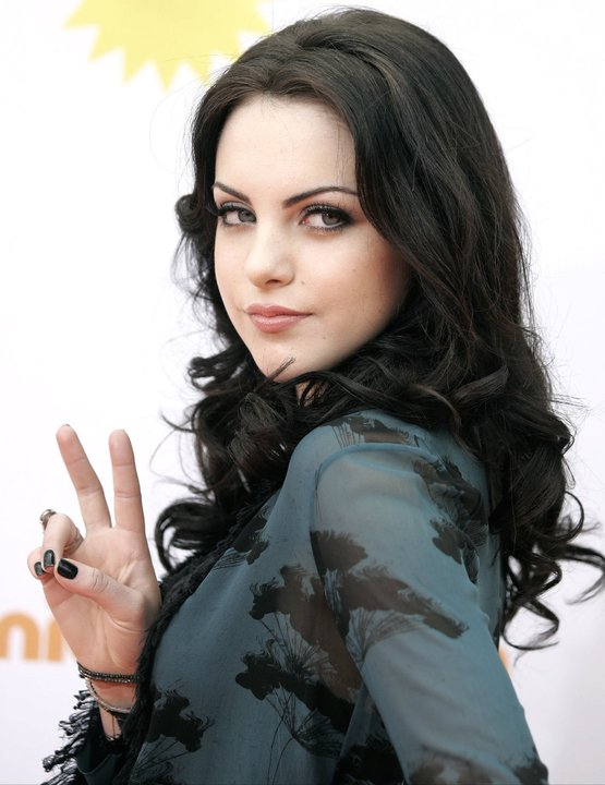 Elizabeth Gillies - Picture Hot