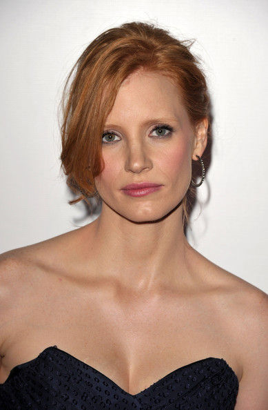 http://images3.wikia.nocookie.net/__cb20110428112713/northalodia/images/1/1c/Jessica_Chastain.jpg