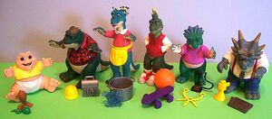 Dinosaurs loose with accessories