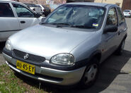 1998-2001 Holden SB Barina City 3-door hatchback 01