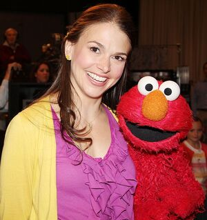 Sutton Foster Elmo