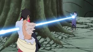 Uchiha Sasuke 300px-Sasuke_stabs_Karin_and_Danzo