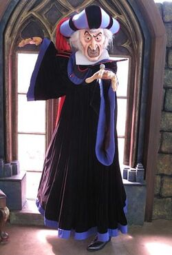 Judge Claude Frollo HKDL
