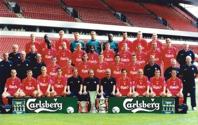 LiverpoolSquad2001-2002.jpg