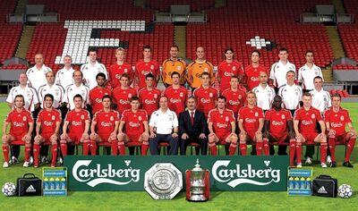 LiverpoolSquad2006-2007.jpg