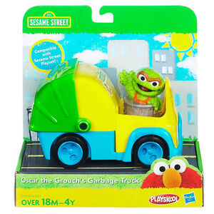 Oscar the grouch's garbage truck hasbro 1
