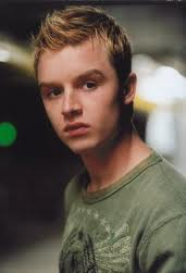 ImagesCAEGJDI8Noel Fisher