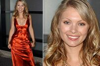 600-myanna-buring-600x400