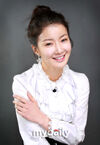 Lee Si Young3