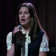 Rachel-take-a-bow-glee-10079770-350-352
