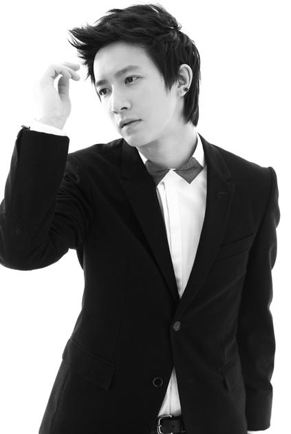 """Hangeng/Hankyung (Ex-Super Junior) >> Album """"Wild Cursive"""" Han_Geng7"""