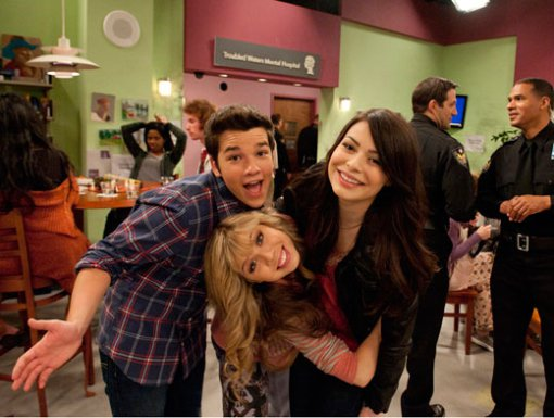 http://images3.wikia.nocookie.net/__cb20110810195009/icarly/images/c/cf/254764_246347042055376_143106629046085_800354_2077291_n.jpg
