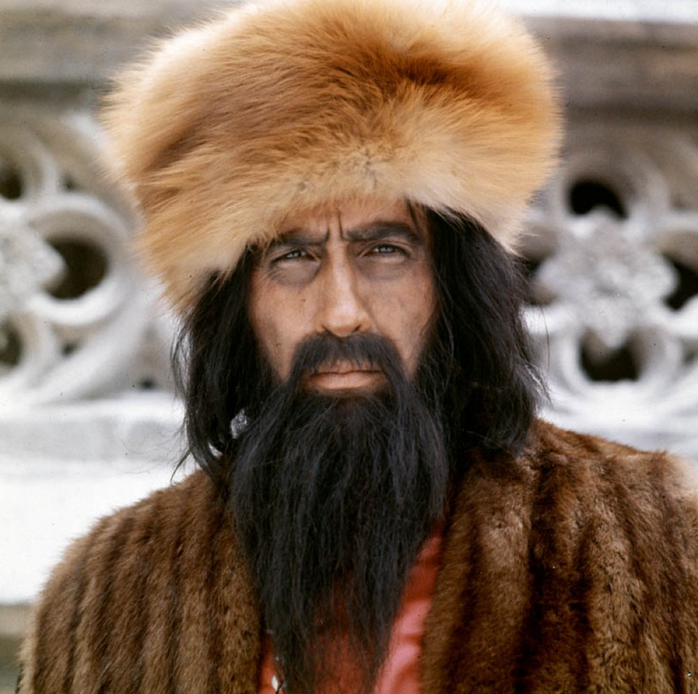 http://images3.wikia.nocookie.net/__cb20110901123359/hammerhorror/images/d/d3/Rasputin4.jpg