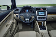 2011-VW-Eos-11